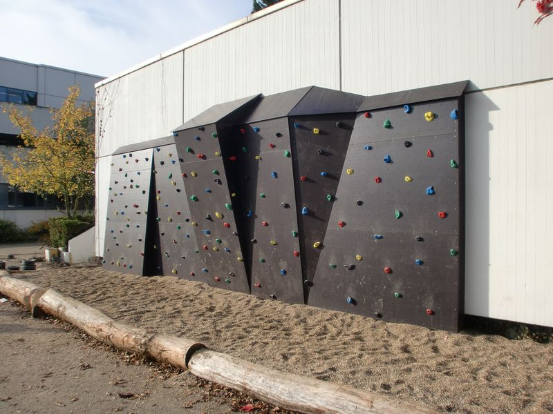 boulderwand selber bauen ontop klettern der spezialist. Black Bedroom Furniture Sets. Home Design Ideas